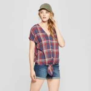 Universal Thread Plaid Button-Down Tie Front Top